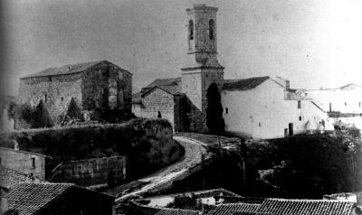 Amb el pas del temps el castell s'havia convertit en un vell casalot (vers 1910)