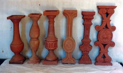 Diferents models de balustres fabricats a Ca l'Isidret (dècada de 1980)